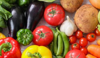 当ホテルで使用するお米・旬の野菜の生産者は当ホテル従業員です。安心安全はもちろん。味の濃いおいしい野菜作ってます!