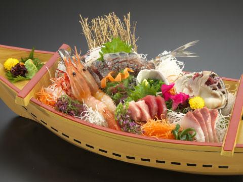 新鮮魚介の舟盛り